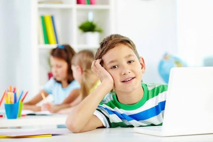 子供向けに「はじめてパソコン」が発売、プログラミング教育対策や早目のネット教育に・・・
